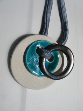 陶器ネックレス02