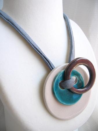 陶器ネックレス01